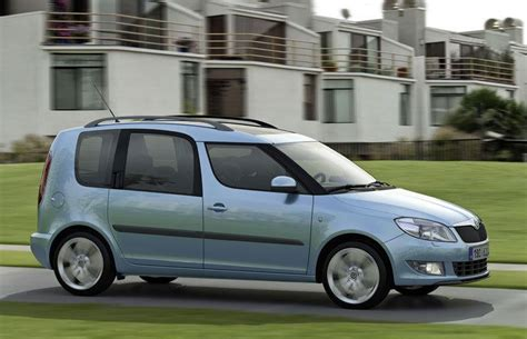 skoda roomster price skoda roomster estate car wagon 2010 reviews