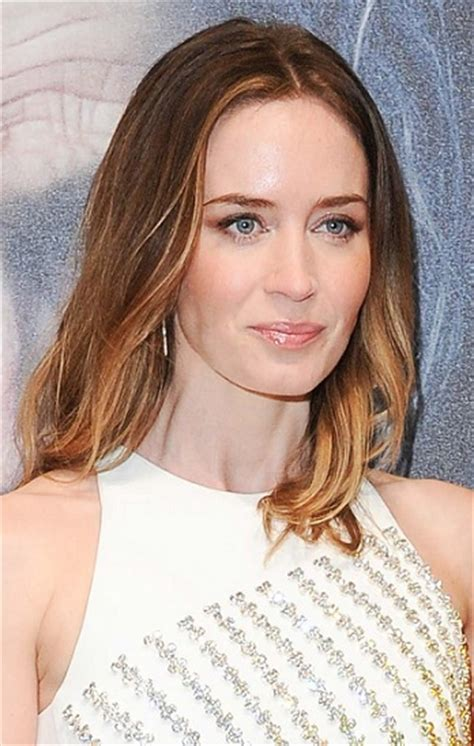 emily blunt hairstyles hairstyles emily blunt medium layered hairstyle