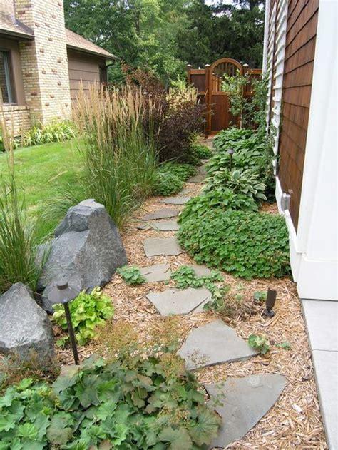 Side Yard Landscaping Ideas Traditional Side Yard Landscape Design Ideas Remodels Photos