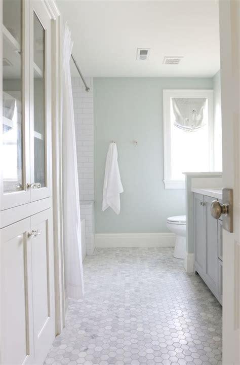 small hexagon bathroom tiles 39 stylish hexagon tiles ideas for bathrooms digsdigs