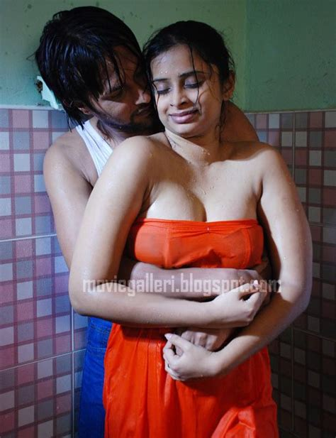 bathroom me chudai hot girl doing bath with sex desi girls desi aunties