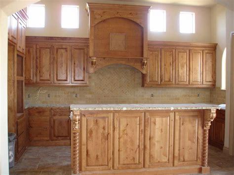 alderwood kitchen cabinets knotty alder kitchen ideas