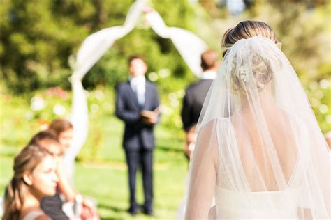 Wedding ceremony songs: The best bride entrance songs and