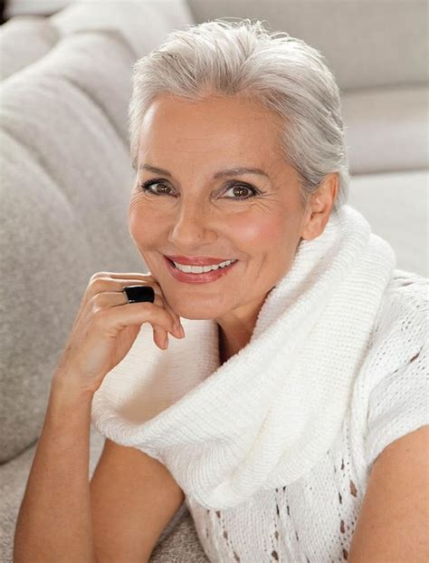gray hair at 60 years 2018 short haircuts for older women over 60 25 useful