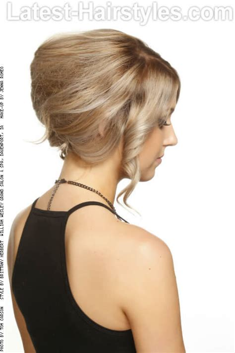short hair that can be pulled back haircuts that can still be pulled back in ponytail