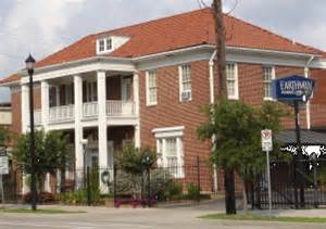 earthman funeral home saved from
