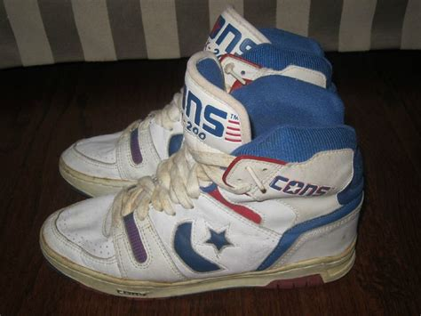 dr j basketball shoes vtg converse cons dr j basketball hi shoes tops boots 80 s