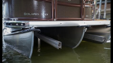 tritoon boat lift bunks floe pontoon bunks youtube