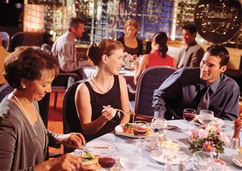 dinner host dine dish how to impress when hosting a business