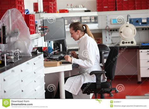 Photo Lab Technician by Laboratory Technician In The Lab Stock Image Image Of Experimentation 32426617