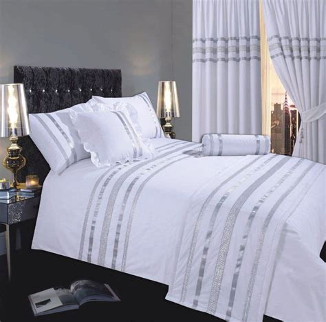 White Silver Colour Stylish Modern Sequin Duvet Quilt White And Silver Bedding Set