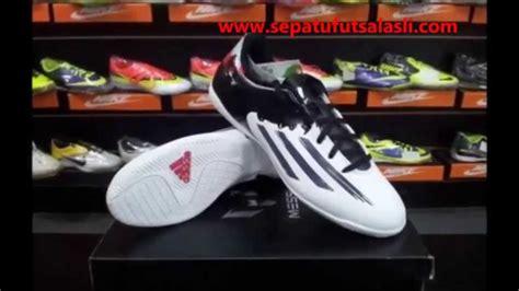Sepatu Adidas Futsal Messi 10 4 In sepatu futsal adidas messi pibe de barr10 10 4 b40068