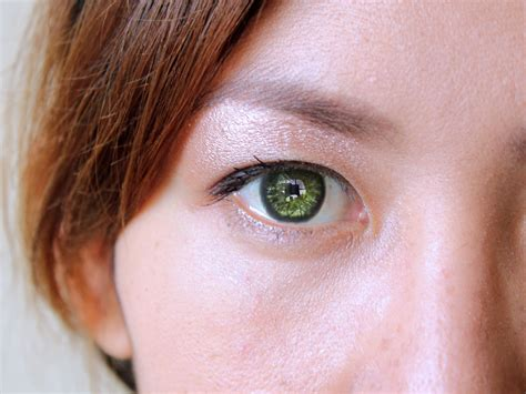 making green how to make green eyes stand out 6 steps with pictures