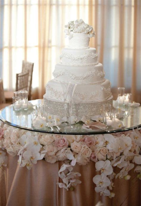 wedding cake table ideas 90 best images about wedding cake table dessert table on