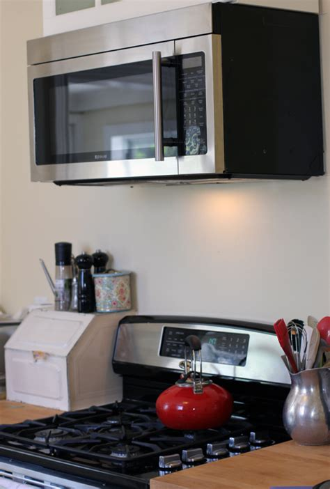 over the range microwave without cabinet 4 things i love about my over the range microwave