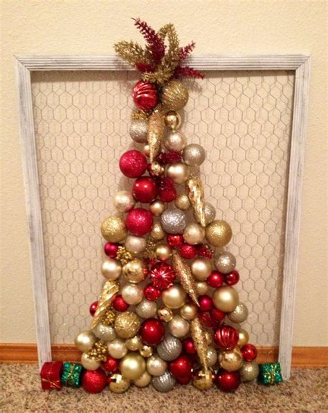 chicken wire frame christmas tree holiday decorating
