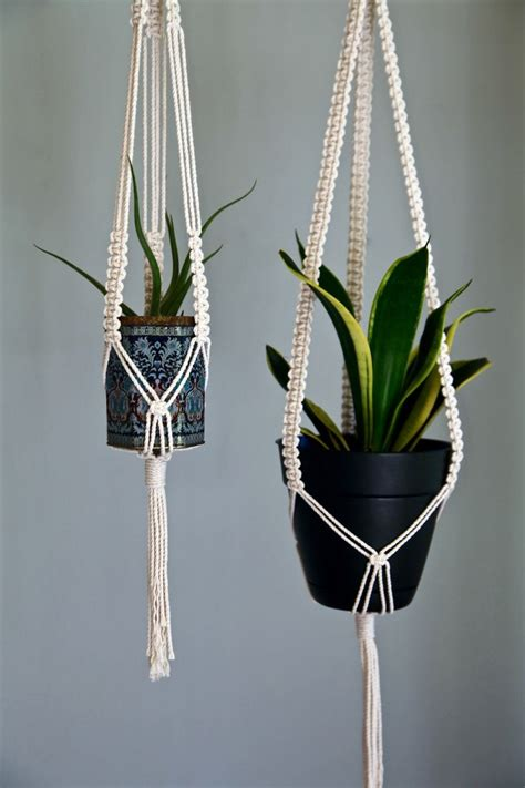 Indoor Plant Hangers Macrame - 25 best ideas about indoor hanging planters on