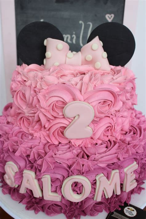 decoracion de tortas con crema de minnie torta minnie mouse vainilla y canela reposter 237 a bogot 225 tort