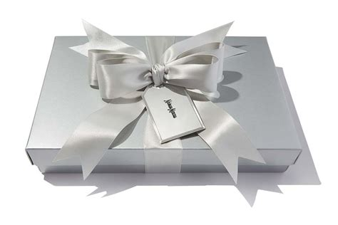 Neiman Marcus Gift Card - gift packaging at neiman marcus
