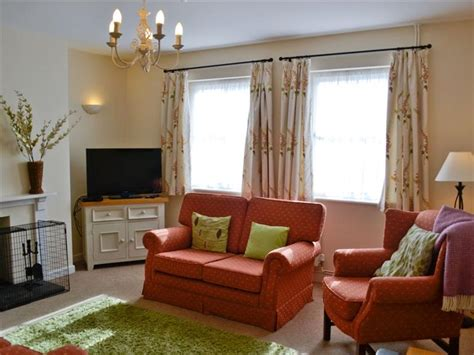 living room swansea south pilton green farmhouse ref nt013031 in rhossili nr swansea cottage weekend and