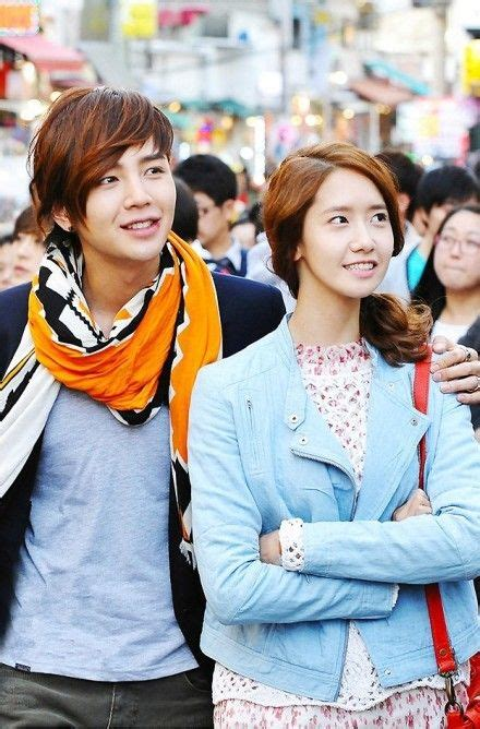 korean actress yoona boyfriend jang geuk yoona sweet hand in hand dating at hongdae