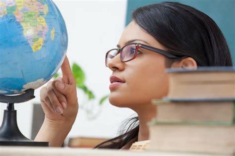 lavorare in con diploma cercare lavoro all estero dopo il diploma manageritalia