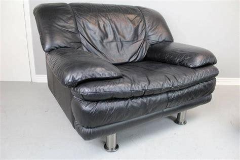 salotti natuzzi leather sofas natuzzi salotti leather chair and ottoman at 1stdibs