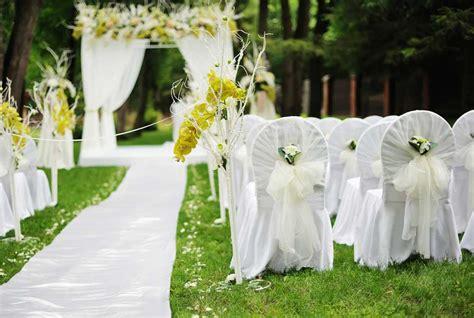 simple outdoor decorations 35 outdoor wedding decoration ideas