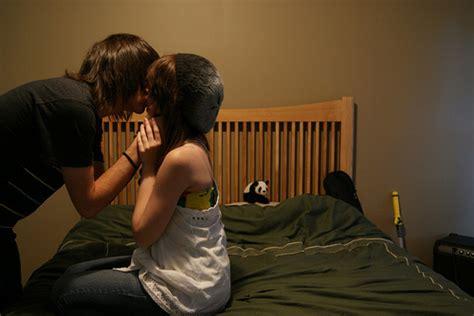 boy kissing a girl in bedroom adorable bed boy boyfriend cute image 278241 on favim com