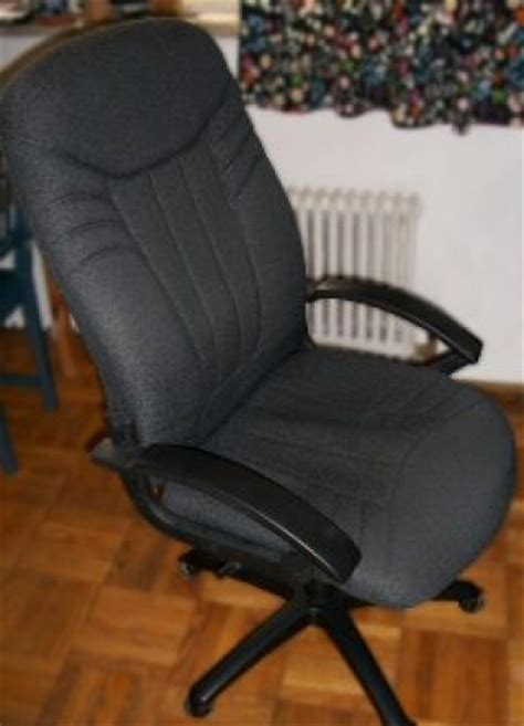 Squeaky Office Chair by Diy Repair Of Squeaky Office Swivel Chair