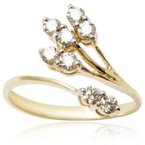 simplicity is the keynote of all true elegance gold rings