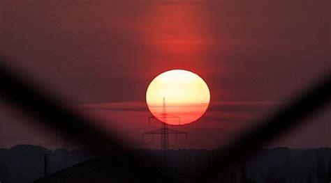 is solar energy worth it is solar power worth it warren buffet thinks so