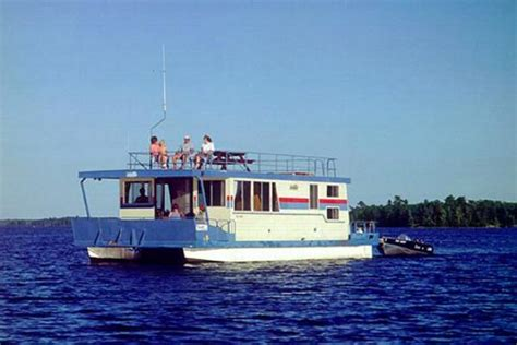 catamaran vs monohull fishing boat multi hull power boat plans jamson