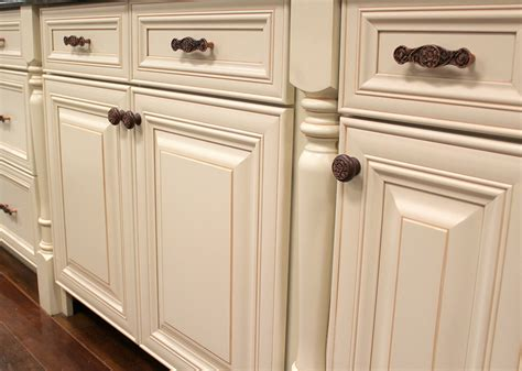 Replacing Kitchen Cabinet Hardware Replacement Handles For Dressers Handles For Dressers Mcm Dresser With Brass Knobs