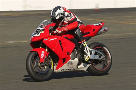 superbike honda cbr honda cbr 600 track bike for 4k wallpapers