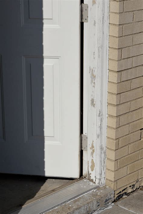 Repair Exterior Door Jamb Paint An Exterior Door And Make It Look Awesome For Years To Come