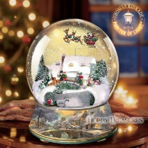 the santa clause snow globe replica collecting snow globes
