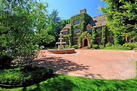 al buys 8 9 million view villa world property journal global news center