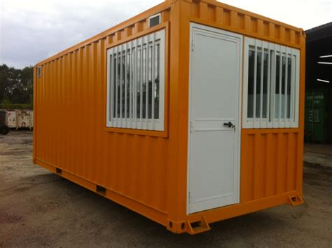 transformation des containers maritimes cedcontainer container am 201 nag 201 les menuiseries