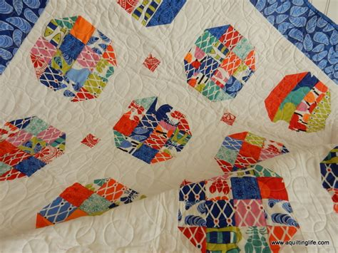 Happy Friday Narrative On Fabric by Happy Friday Quilt Tbt A Quilting A Quilt
