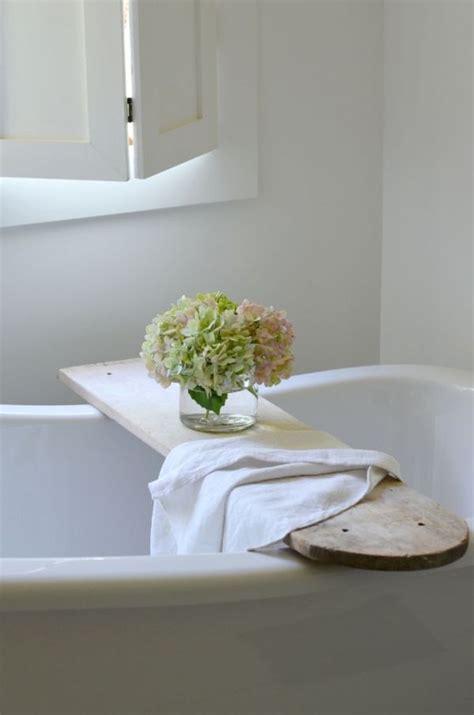 Bathtub Tray For Reading by 15 Bathtub Tray Design Ideas For The Bath Enthusiasts Among Us
