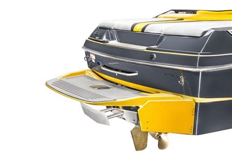 axis boats review 2015 axis t23 ski and wakeboard boat review boatdealers ca
