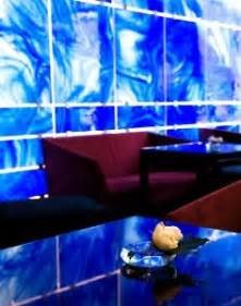 ロイヤルブルーの麗しき carte kumingの秘密の花園