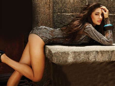 film hot populer nargis fakhri birthday special these 11 pics prove she is