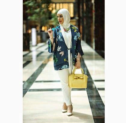 Outer Wanita Warna Navy Atasan Wanita celana hitam gaya fashionista populer di kuwait zahra a