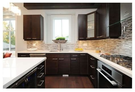 Light Colored Granite With White Cabinets by Cabinets Light Granite Re What Color Granite With