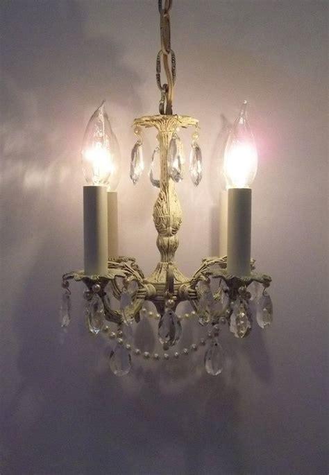 girls bedroom chandeliers best 25 girls room chandeliers ideas on pinterest girls