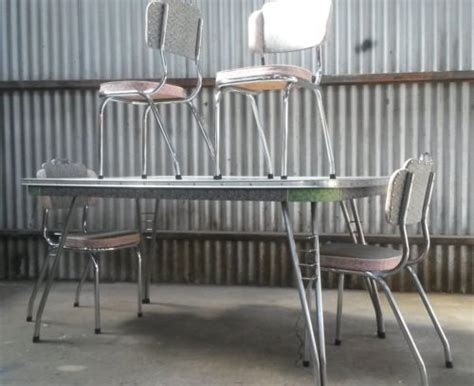 1960 kitchen table and chairs 17 best images about quot vintage table chairs wanted
