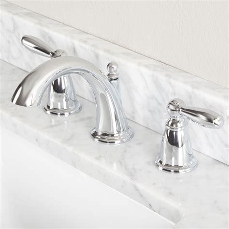 Bathroom Faucet Companies by Moen Powder Room Faucets Reversadermcream