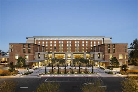 Ucla Finder Ucla Meyer And Renee Luskin Conference Center Is Now Leed Platinum Ucla